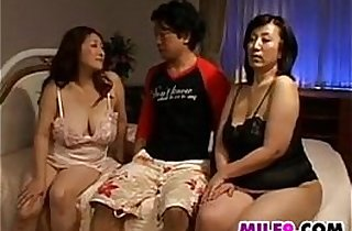 Vip  japaneses  ,  MILF porno  ,  mom xxx   sex videos