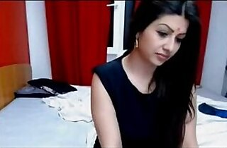 Hot Indian Cam Model Making Sex On Live webcam Show