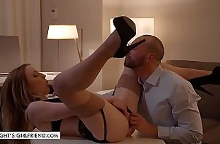 Tonights Girlfriend Kate Kennedy gets fucked roughly in hotel room