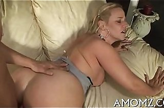 Vip  mature asia  ,  MILF porno  ,  mom xxx   sex videos