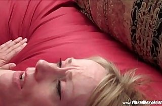 Vip  cuckold sex  ,  facialized  ,  grannies   sex videos