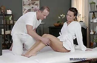 Vip  MILF porno  ,  oralsex  ,  orgasming   sex videos